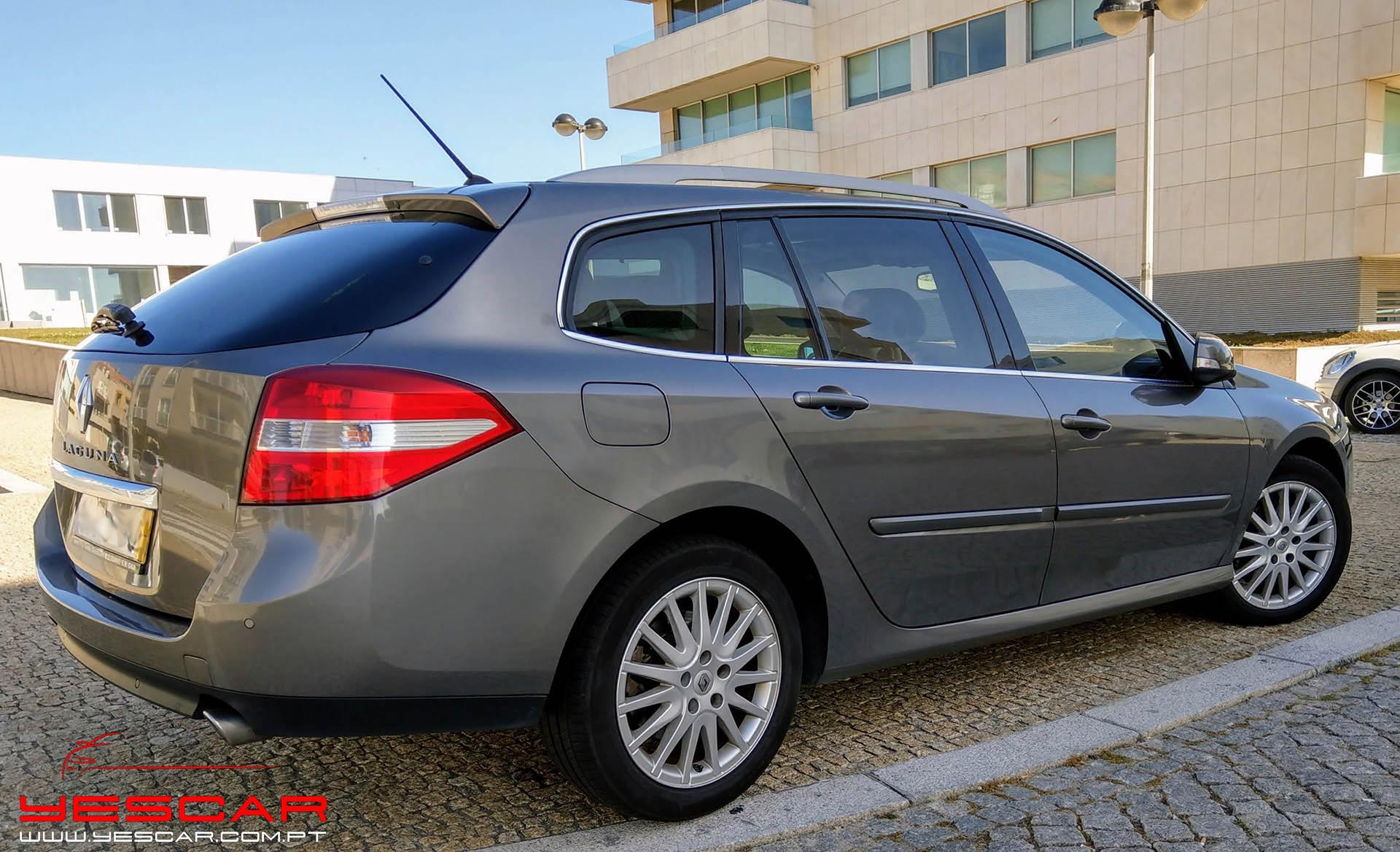 YESCAR_Renault_Laguna_SW (13)