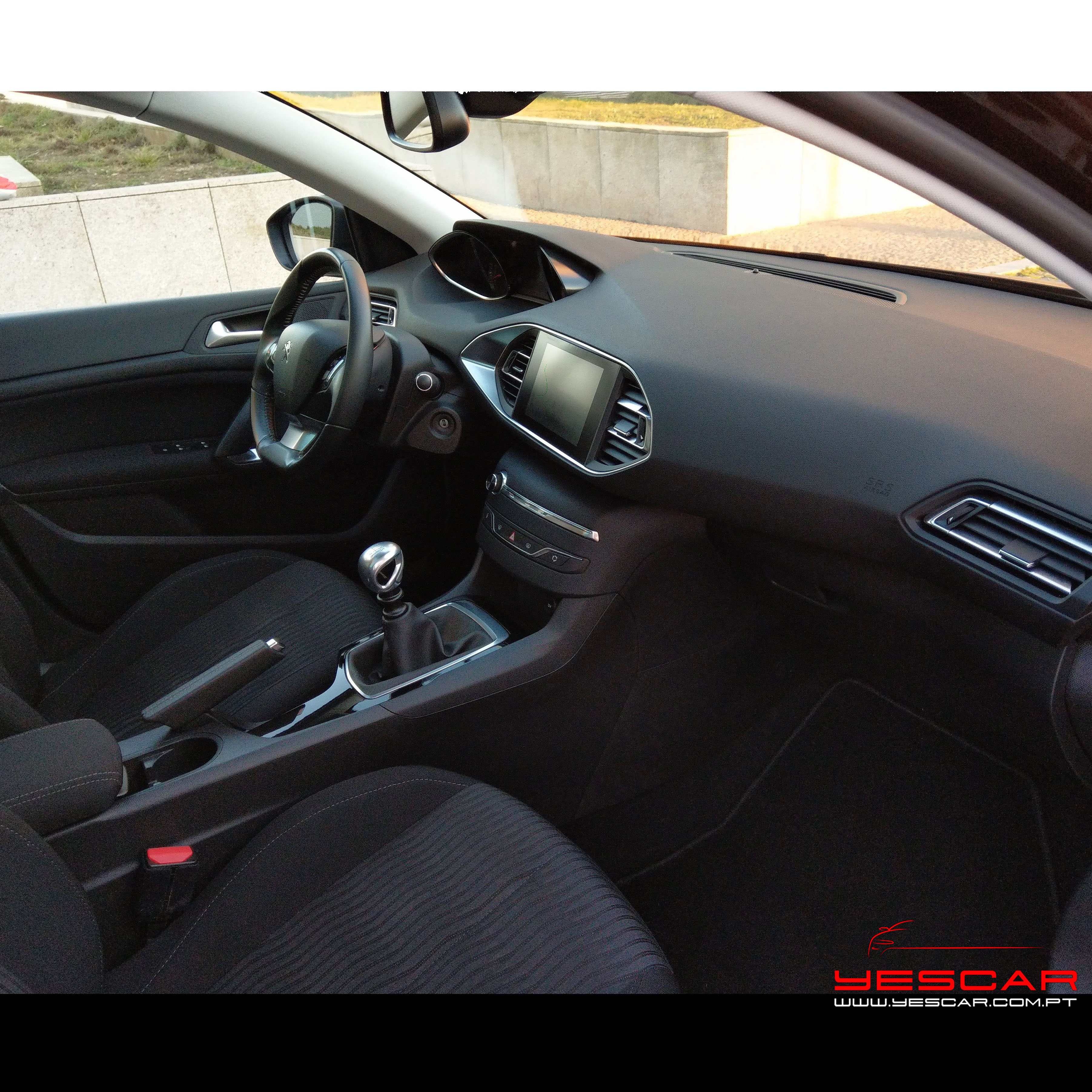 Peugeot_308SW_blueHDI_Yescar_automoveis (21)