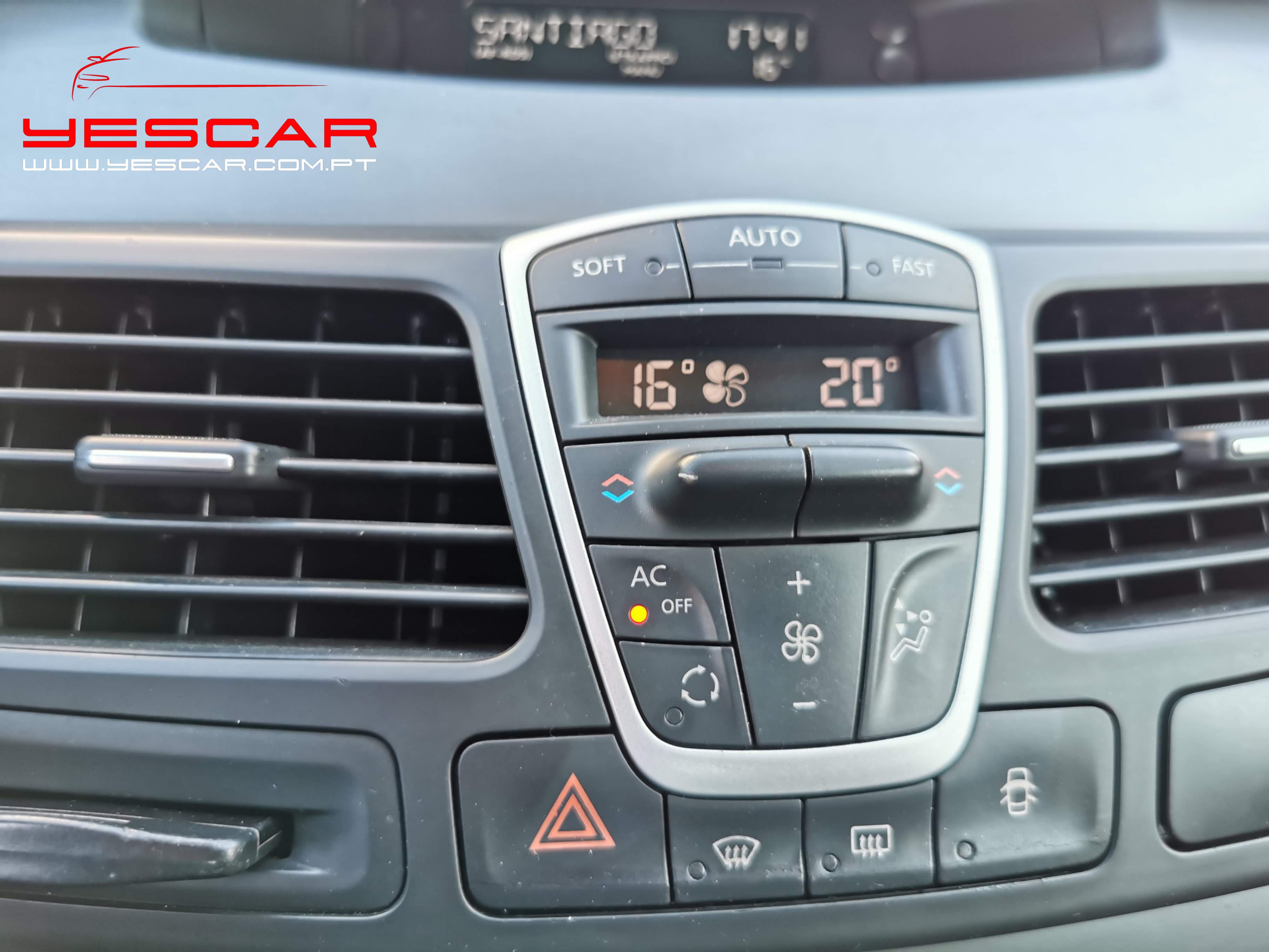 YESCAR_Renault Laguna SW (17)